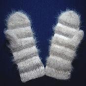 Mittens handmade. Livemaster - original item Women`s knitted mittens. Handmade.