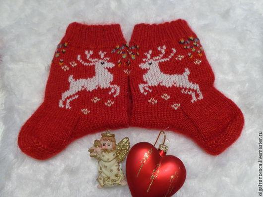 Носки, гольфы, чулки ручной работы. Носки вязаные. Носочки вязаные «Новогодние носочки! Подарок ручной работы» из коллекции «Подарки». Olgafrancesca . Ярмарка мастеров.