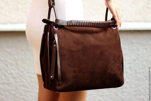 Женские сумки ручной работы. Ярмарка Мастеров - ручная работа. Купить Темно-коричневая женская замшевая сумка Eira. Handmade.