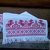 """Русский стиль handmade. Livemaster - original item Рушник """"Кони"""" с обережной вышивкой крестом. Handmade."""