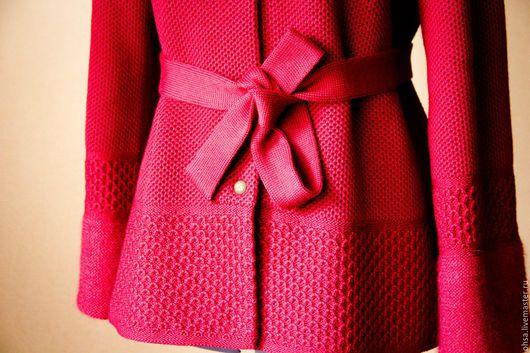 Верхняя одежда ручной работы. Ярмарка Мастеров - ручная работа. Купить Вязаное полупальто с капюшоном винного цвета. Handmade. Бордовый