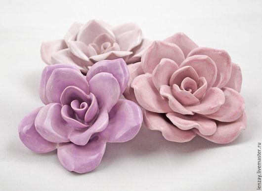 Сиреневая и розовые озы. Керамические цветы Елены Зайченко