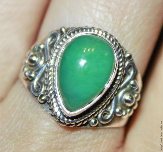 Кольца ручной работы. Ярмарка Мастеров - ручная работа. Купить Кольцо Хризопраз натуральный и серебро. Handmade. Зеленый, зеленое кольцо