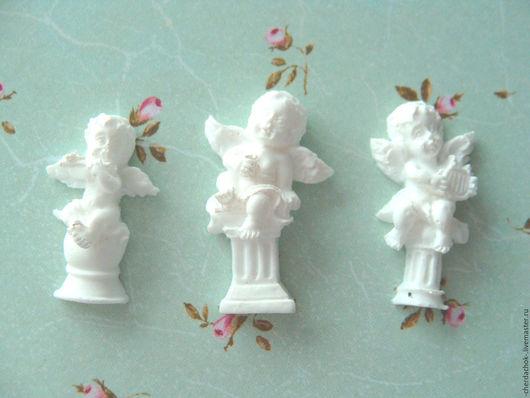 Открытки и скрапбукинг ручной работы. Ярмарка Мастеров - ручная работа. Купить Три мини ангелочка на колонне 30х18мм. Handmade.