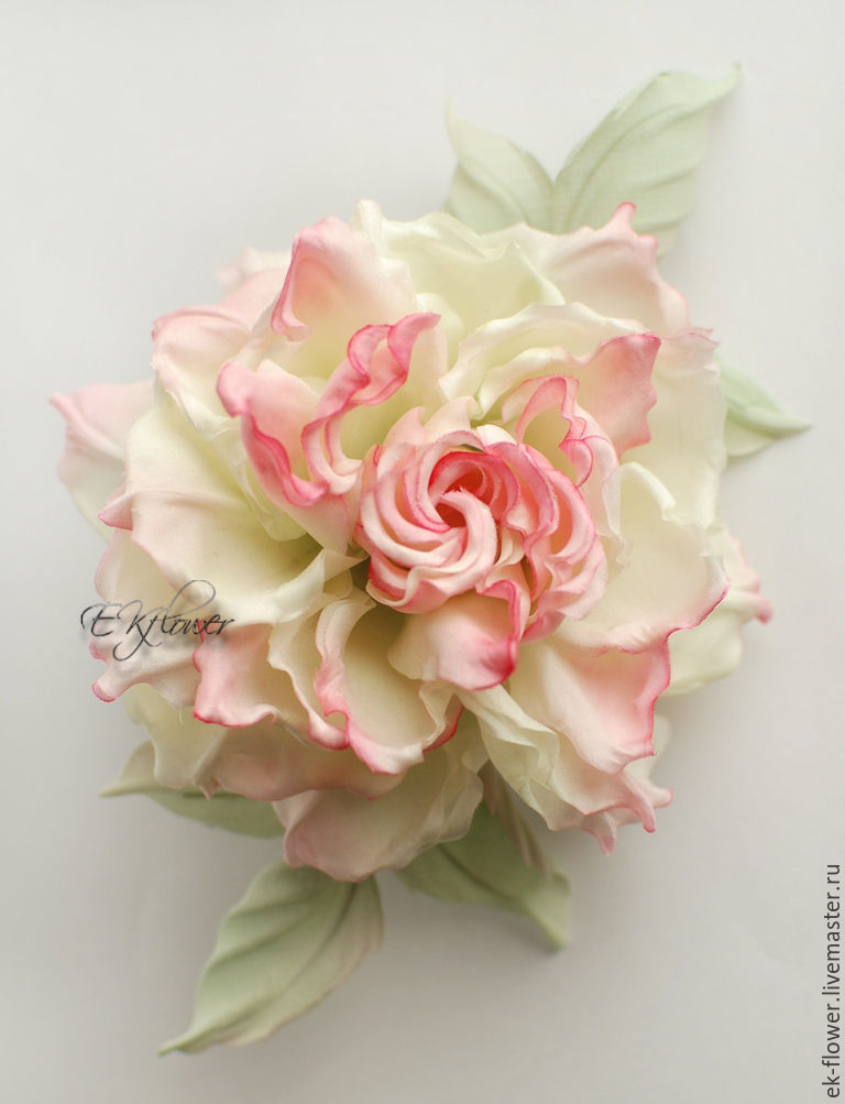 how to make silk flowers from fabric