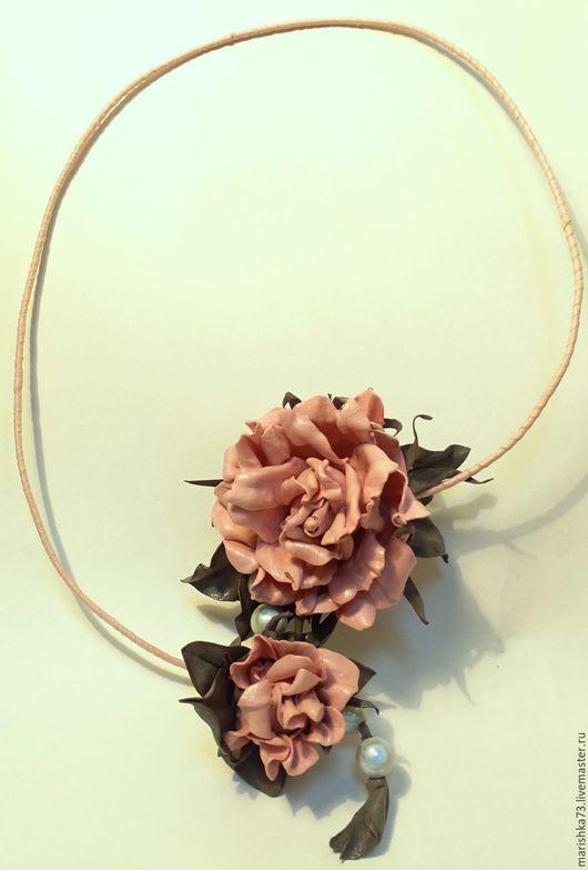 Колье, бусы ручной работы. Ярмарка Мастеров - ручная работа. Купить Розы из фоамирана-украшение на шею. Handmade. Фоамиран, коричневый