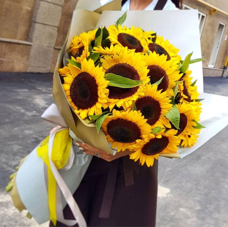 Заказ цветов с доставкой в москве подсолнухи