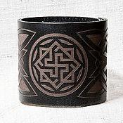 Русский стиль ручной работы. Ярмарка Мастеров - ручная работа Кожаный браслет с обережным символом (2). Handmade.