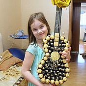 Подарки к праздникам ручной работы. Ярмарка Мастеров - ручная работа Гитара из конфет!. Handmade.