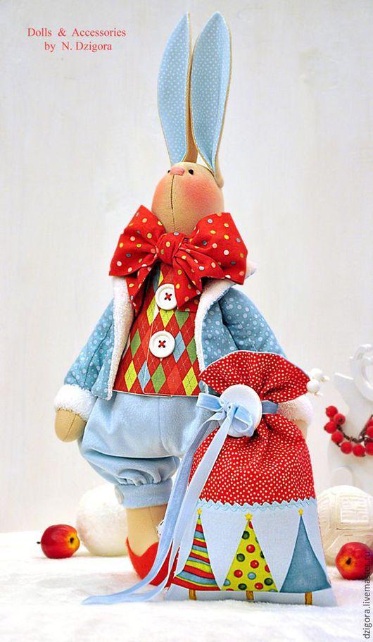 Игрушки животные, ручной работы. Ярмарка Мастеров - ручная работа. Купить Рождественский кролик Лоренцо. Подарок на Новый год, Рождество. Handmade.