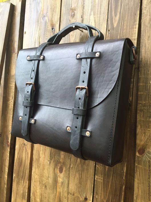Мужские сумки ручной работы. Ярмарка Мастеров - ручная работа. Купить Мужская кожаная сумка портфель Rugged Vintage Satchel. Handmade.