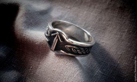 """Украшения для мужчин, ручной работы. Ярмарка Мастеров - ручная работа. Купить Кольцо """"Руна Тейваз"""". Handmade. Кольцо из серебра"""