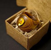 """Широкое кольцо из скумпии с янтарём """"Вкус солнца"""""""