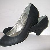 Винтаж ручной работы. Ярмарка Мастеров - ручная работа Черные закрытые туфли на оригинальной танкетке Claudia Ghizzani. Handmade.