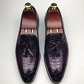 Обувь ручной работы handmade. Livemaster - original item Trendy men`s loafers with tassels, crocodile leather, violet color.. Handmade.