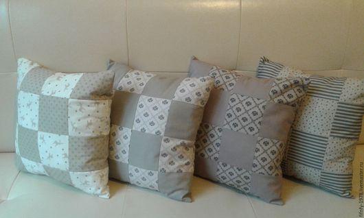 Комплекты аксессуаров ручной работы. Ярмарка Мастеров - ручная работа. Купить Комплект диванных подушек в нейтральных тонах в стиле печворк. Handmade.