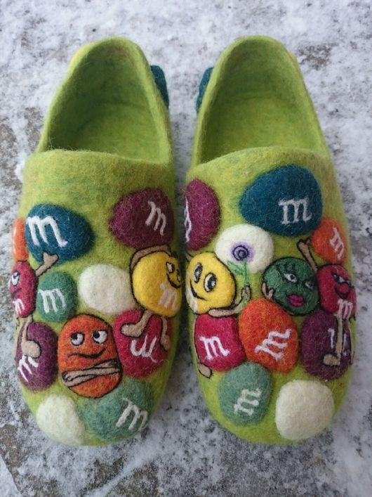 Обувь ручной работы. Ярмарка Мастеров - ручная работа. Купить Домашние валяные тапочки ручной работы M&M. Handmade.
