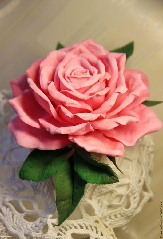 """Броши ручной работы. Ярмарка Мастеров - ручная работа. Купить """"LA VIE EN ROSE"""". Handmade. Розовый, цветы из фоамирана"""