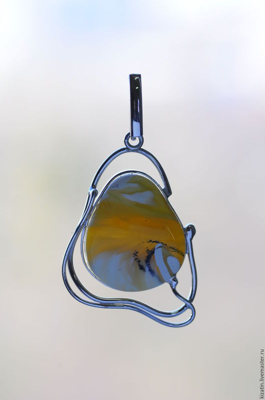 Кулоны, подвески ручной работы. Ярмарка Мастеров - ручная работа. Купить кулон 1 0029 янтарь. Handmade. Янтарь
