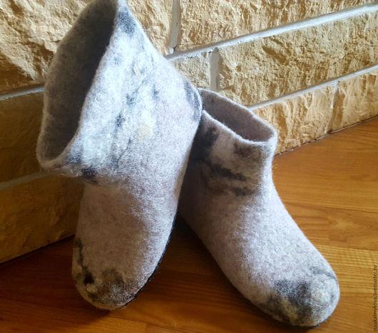 Обувь ручной работы. Ярмарка Мастеров - ручная работа. Купить Чуни детские. Handmade. Бежевый, чуни, домашние тапочки, подарок