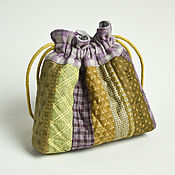 Сумки и аксессуары handmade. Livemaster - original item Textile bag for cosmetics and jewelry made with quilting techniques. Handmade.