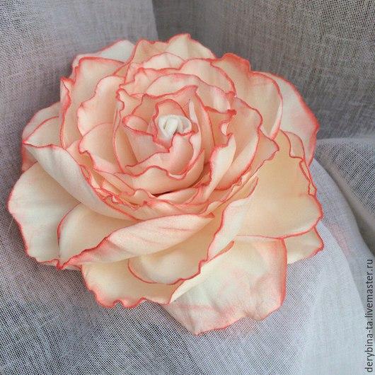 Заколки ручной работы. Ярмарка Мастеров - ручная работа. Купить Роза цвета шампань с коралловой тонировкой. Цветок из фоамирана.. Handmade.