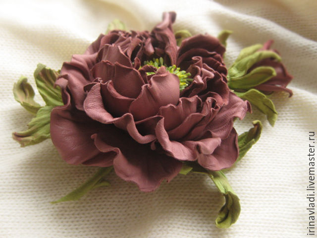 the decoration of leather brooch pin brown rose to buy,leather brooch flower rose beige hair clip made of leather, headband with flowers, dark beige flower brooch hair clip machine hair