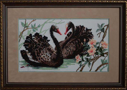 """Животные ручной работы. Ярмарка Мастеров - ручная работа. Купить Вышитая картина крестом """"Черные лебеди"""". Handmade. Вышитая картина"""