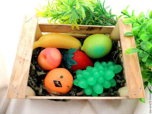 Мыло ручной работы. Ярмарка Мастеров - ручная работа. Купить ящик с ягодами-фруктами (мыло). Handmade. Разноцветный, Новый Год