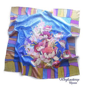 """Аксессуары ручной работы. Ярмарка Мастеров - ручная работа Батик платок  """"Цветы на синем"""". Handmade."""