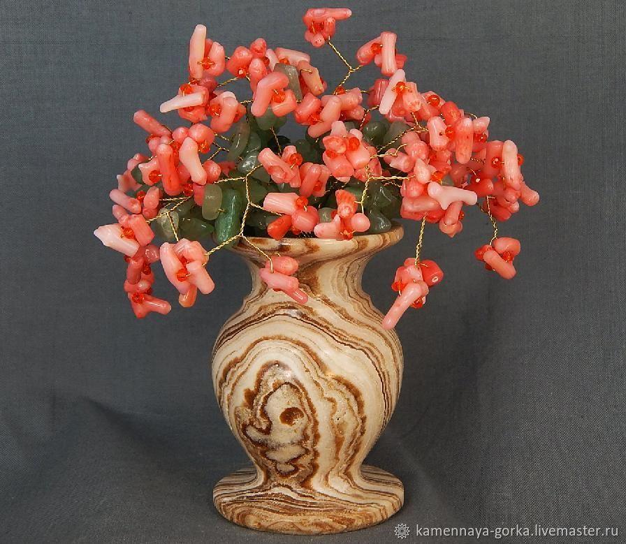 Букет коралл натуральный розовый в вазе из яшмы – купить онлайн на Ярмарке Мастеров – M5AWYRU | Статуэтка, Москва