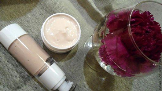"""""""Бархатная роза"""" крем-дуэт для лица и для век. Набор кремов + мыло """"Розовый шелк"""" или """"Розовый люкс"""" - 1550 руб."""