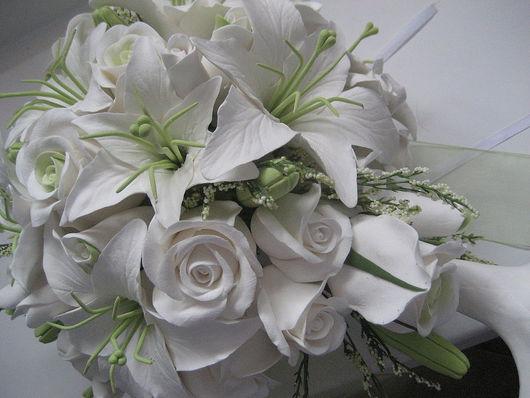 Букеты ручной работы. Ярмарка Мастеров - ручная работа. Купить Свадебный букет из лилий и роз. Handmade. Букет невесты из глины