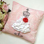 Для дома и интерьера ручной работы. Ярмарка Мастеров - ручная работа Подушка интерьерная Манекен на розовом. Handmade.