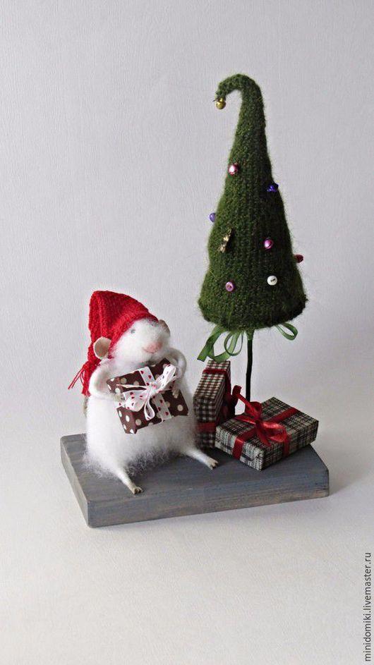 Миниатюра ручной работы. Ярмарка Мастеров - ручная работа. Купить Новогодние подарки. Handmade. Зеленый, мышонок