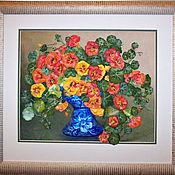Картины и панно ручной работы. Ярмарка Мастеров - ручная работа Картина вышитая лентами Букет настурции в вазе. Handmade.