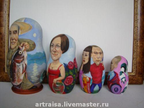 Семейная матрешка, 4-х кукольная, сюжетная, 30 см, 2011г