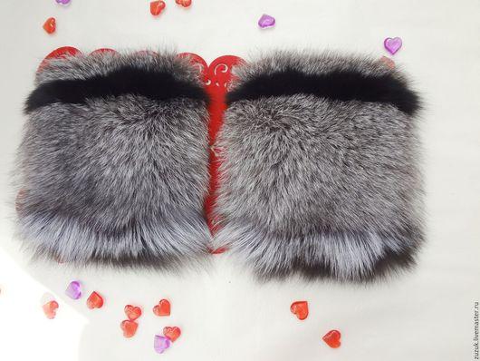 В НАЛИЧИИ!!! Накладные меховые карманы. Выполню по вашим пожеланиям из различных видов меха. Очень модно и эффектно! Добавит шика любому пальто или куртке. Так же вы сможете заказать шикарную опушку и