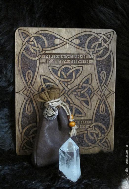 Эзотерические аксессуары ручной работы. Ярмарка Мастеров - ручная работа. Купить Рунический Алтарь. Handmade. Рунические знаки, Алтарь
