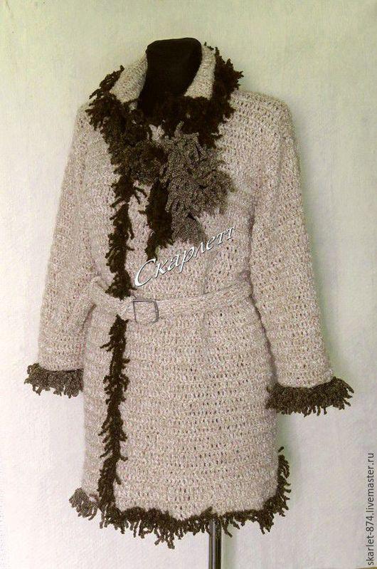 Верхняя одежда ручной работы. Ярмарка Мастеров - ручная работа. Купить Осеннее полупальто с поясом и декоративным шарфом. Handmade. Бежевый