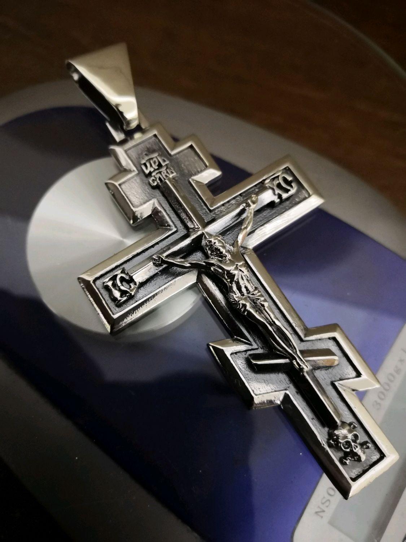 просто всё крест из серебра мужской фото одно нетривиальное