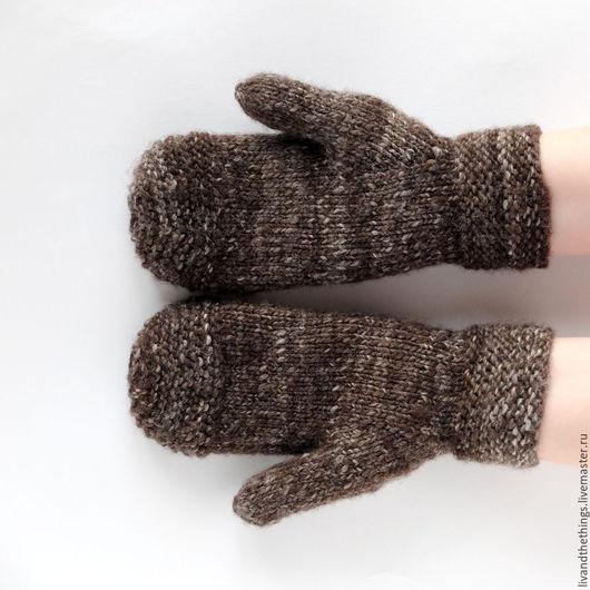 """Варежки, митенки, перчатки ручной работы. Ярмарка Мастеров - ручная работа. Купить Идеальные """"деревенские"""" варежки (чистая овечья шерсть, коричневый). Handmade."""