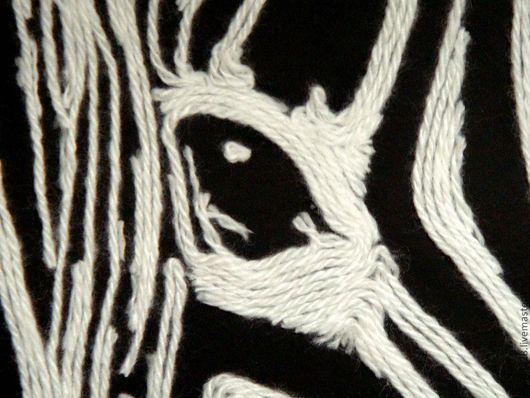 Животные ручной работы. Ярмарка Мастеров - ручная работа. Купить Картина из ниток Зебра. Handmade. Чёрно-белый, картина зебра