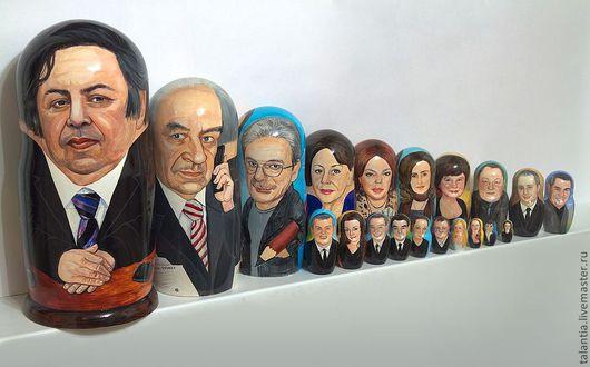Персональные подарки ручной работы. Ярмарка Мастеров - ручная работа. Купить Корпоративный набор портретных матрешек 20-тикукольный. Handmade.