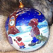 Подарки к праздникам ручной работы. Ярмарка Мастеров - ручная работа Новогодний шар деревянный с ручной росписью. Handmade.