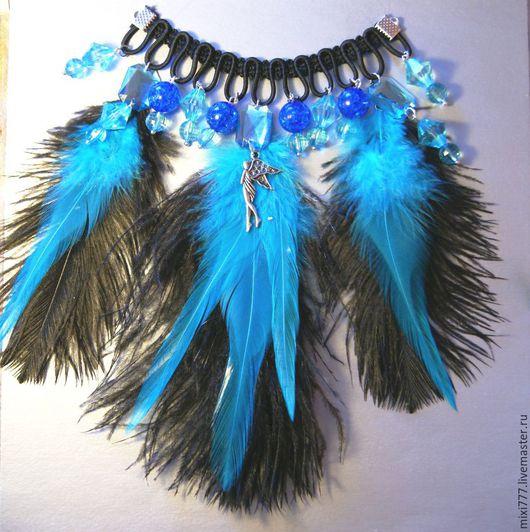 Колье, бусы ручной работы. Ярмарка Мастеров - ручная работа. Купить Колье с черныи и  синим пером. Handmade. Перо страуса