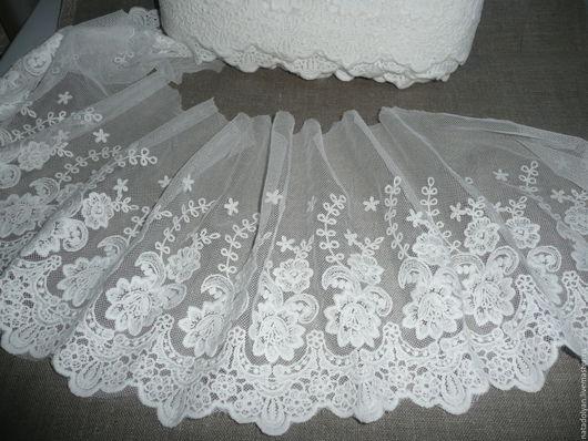 """Шитье ручной работы. Ярмарка Мастеров - ручная работа. Купить Шитье на сетке 23 см """"Великолепные розы"""" белые. Handmade."""