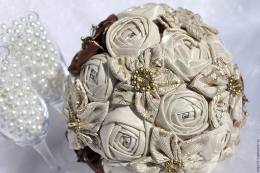 Свадебные цветы ручной работы. Ярмарка Мастеров - ручная работа. Купить Брошь букет осенний. Handmade. Бежевый, брошь-букет