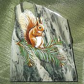 Сувениры и подарки handmade. Livemaster - original item Magnet stone Squirrel Animals series Magnet stone Miniature. Handmade.