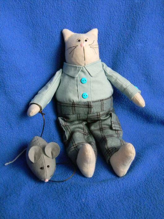 Куклы Тильды ручной работы. Ярмарка Мастеров - ручная работа. Купить Кот с мышкой. Handmade. Кот, звери, голубой, синтепон